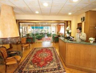 /pt-br/hotel-mondial-rapallo/hotel/rapallo-it.html?asq=jGXBHFvRg5Z51Emf%2fbXG4w%3d%3d