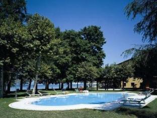 /ar-ae/hotel-lugana-parco-al-lago/hotel/sirmione-it.html?asq=jGXBHFvRg5Z51Emf%2fbXG4w%3d%3d