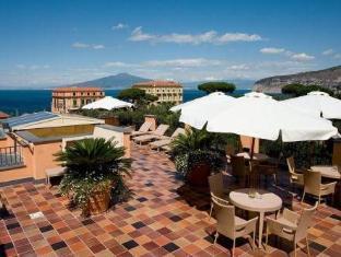 /da-dk/hotel-palazzo-guardati/hotel/sorrento-it.html?asq=jGXBHFvRg5Z51Emf%2fbXG4w%3d%3d