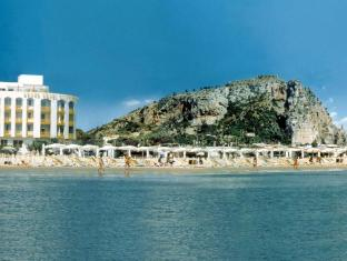 /hi-in/grand-hotel-palace/hotel/terracina-it.html?asq=jGXBHFvRg5Z51Emf%2fbXG4w%3d%3d