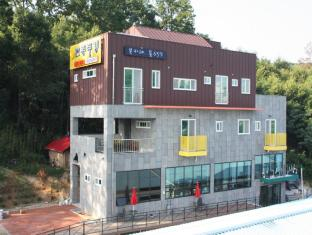 /cs-cz/goodstay-andong-poong-gyung-guesthouse/hotel/andong-si-kr.html?asq=jGXBHFvRg5Z51Emf%2fbXG4w%3d%3d