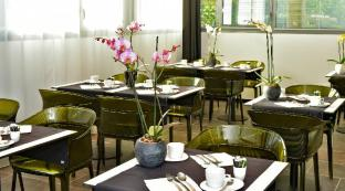 /da-dk/central-park-hotel-spa/hotel/la-rochelle-fr.html?asq=jGXBHFvRg5Z51Emf%2fbXG4w%3d%3d