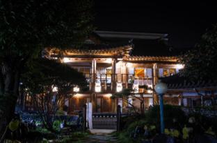 /bg-bg/laon-hanok-gguljam/hotel/jeonju-si-kr.html?asq=jGXBHFvRg5Z51Emf%2fbXG4w%3d%3d