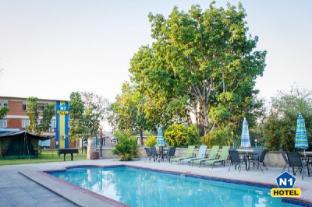 /da-dk/n1-hotel-campsite-victoria-falls/hotel/victoria-falls-zw.html?asq=jGXBHFvRg5Z51Emf%2fbXG4w%3d%3d