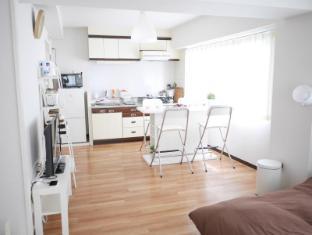 Mio's room