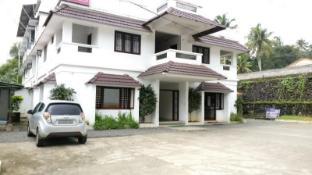 /da-dk/hotel-kavery/hotel/kothamangalam-in.html?asq=jGXBHFvRg5Z51Emf%2fbXG4w%3d%3d