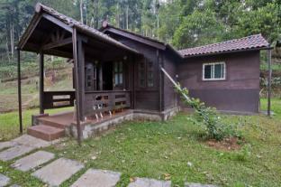 /de-de/leisure-vacations-three-hills-resort-coorg/hotel/coorg-in.html?asq=jGXBHFvRg5Z51Emf%2fbXG4w%3d%3d