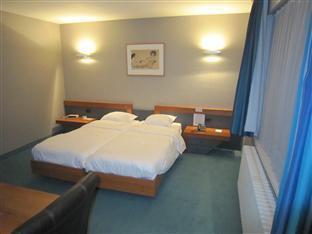 /bg-bg/hotel-cortina/hotel/wevelgem-be.html?asq=jGXBHFvRg5Z51Emf%2fbXG4w%3d%3d