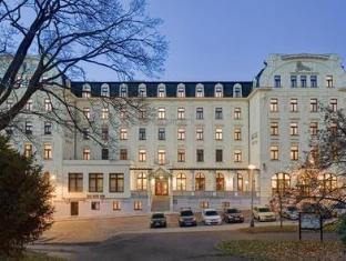 /en-au/clarion-grandhotel-zlaty-lev/hotel/liberec-cz.html?asq=jGXBHFvRg5Z51Emf%2fbXG4w%3d%3d