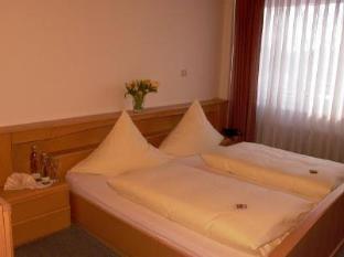 /es-es/hotel-restaurant-schrocker-tor/hotel/eggenstein-leopoldshafen-de.html?asq=jGXBHFvRg5Z51Emf%2fbXG4w%3d%3d