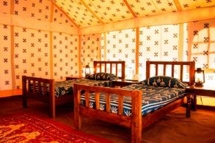 /ar-ae/jaisalmer-desert-camp-prise/hotel/jaisalmer-in.html?asq=jGXBHFvRg5Z51Emf%2fbXG4w%3d%3d