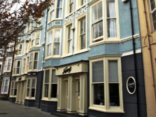 /ar-ae/harry-s-hotel-restaurant/hotel/aberystwyth-gb.html?asq=jGXBHFvRg5Z51Emf%2fbXG4w%3d%3d