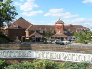 /ca-es/potters-international-hotel/hotel/farnborough-gb.html?asq=jGXBHFvRg5Z51Emf%2fbXG4w%3d%3d