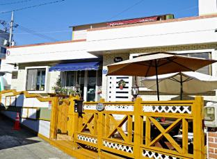 /ca-es/yours-guesthouse-in-tongyeong/hotel/tongyeong-si-kr.html?asq=jGXBHFvRg5Z51Emf%2fbXG4w%3d%3d