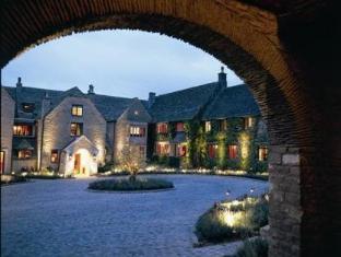 /bg-bg/whatley-manor/hotel/malmesbury-gb.html?asq=jGXBHFvRg5Z51Emf%2fbXG4w%3d%3d