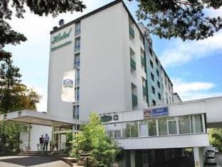 /en-sg/best-western-plus-hotel-steinsgarten/hotel/giessen-de.html?asq=jGXBHFvRg5Z51Emf%2fbXG4w%3d%3d