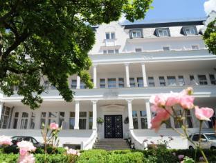 /villa-viktoria/hotel/dusseldorf-de.html?asq=jGXBHFvRg5Z51Emf%2fbXG4w%3d%3d