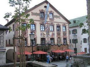 /en-sg/gasthof-zum-rassen/hotel/garmisch-partenkirchen-de.html?asq=jGXBHFvRg5Z51Emf%2fbXG4w%3d%3d