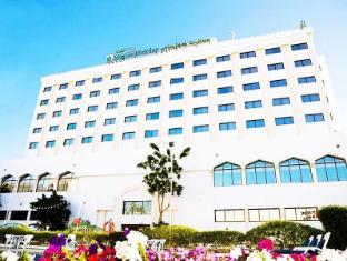 /ca-es/hotel-muscat-holiday/hotel/muscat-om.html?asq=jGXBHFvRg5Z51Emf%2fbXG4w%3d%3d