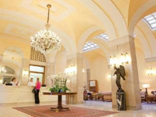 /de-de/hotel-vittoria/hotel/brescia-it.html?asq=jGXBHFvRg5Z51Emf%2fbXG4w%3d%3d