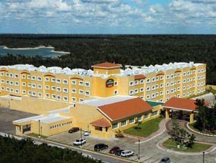 /it-it/courtyard-by-marriott-cancun-hotel/hotel/cancun-mx.html?asq=jGXBHFvRg5Z51Emf%2fbXG4w%3d%3d