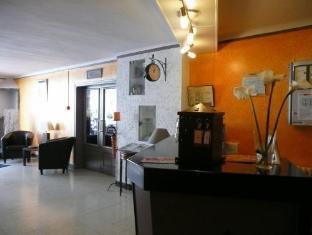 /en-au/hotel-de-la-bastide/hotel/carcassonne-fr.html?asq=jGXBHFvRg5Z51Emf%2fbXG4w%3d%3d