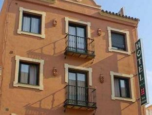 /en-sg/hotel-dona-catalina/hotel/san-pedro-de-alcantara-es.html?asq=jGXBHFvRg5Z51Emf%2fbXG4w%3d%3d