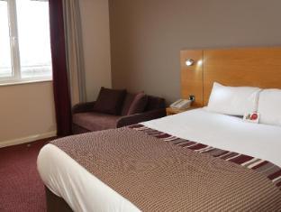 /ca-es/jurys-inn-swindon/hotel/swindon-gb.html?asq=jGXBHFvRg5Z51Emf%2fbXG4w%3d%3d