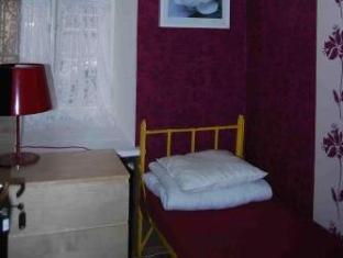 /ca-es/old-town-kanonia-hostel-apartments/hotel/warsaw-pl.html?asq=jGXBHFvRg5Z51Emf%2fbXG4w%3d%3d