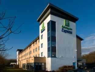 /ca-es/holiday-inn-express-swindon-west-m4-jct-16/hotel/swindon-gb.html?asq=jGXBHFvRg5Z51Emf%2fbXG4w%3d%3d