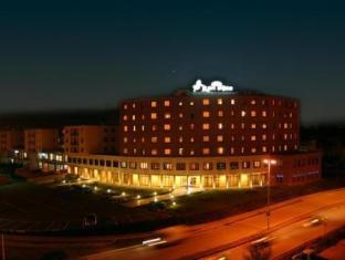 /ar-ae/hotel-leon-d-oro/hotel/sassuolo-it.html?asq=jGXBHFvRg5Z51Emf%2fbXG4w%3d%3d