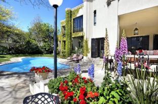 /da-dk/21-roux-street-guest-house/hotel/franschhoek-za.html?asq=jGXBHFvRg5Z51Emf%2fbXG4w%3d%3d