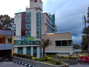 /de-de/grand-royal-denai-hotel/hotel/bukittinggi-id.html?asq=jGXBHFvRg5Z51Emf%2fbXG4w%3d%3d