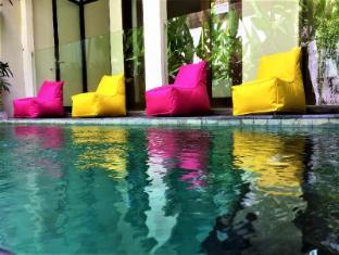Leacott Retreats - Hideaway Villa