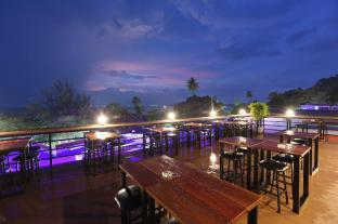 /cs-cz/balcony-party-hostel-aonang-beachfront/hotel/krabi-th.html?asq=jGXBHFvRg5Z51Emf%2fbXG4w%3d%3d