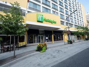 /de-de/holiday-inn-windsor-downtown/hotel/windsor-on-ca.html?asq=jGXBHFvRg5Z51Emf%2fbXG4w%3d%3d