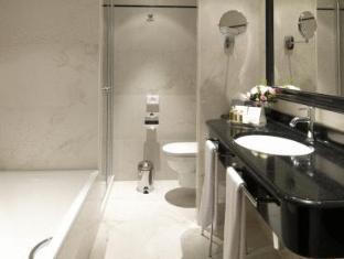 /en-sg/grand-hotel-casselbergh-brugge/hotel/bruges-be.html?asq=jGXBHFvRg5Z51Emf%2fbXG4w%3d%3d