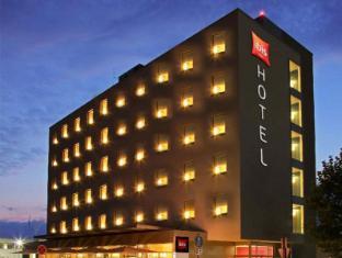 /ar-ae/ibis-hotel-friedrichshafen-airport-messe/hotel/friedrichshafen-de.html?asq=jGXBHFvRg5Z51Emf%2fbXG4w%3d%3d