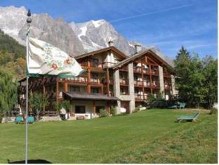 /de-de/auberge-de-la-maison/hotel/courmayeur-it.html?asq=jGXBHFvRg5Z51Emf%2fbXG4w%3d%3d
