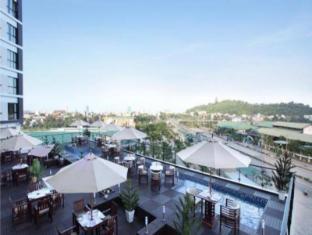 Cendeluxe Hotel –Managed by H&K Hospitality
