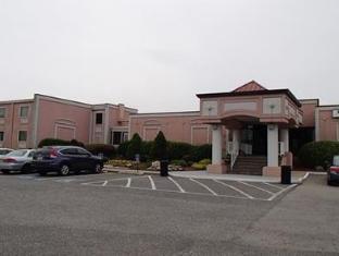 /de-de/rodeway-inn-capri/hotel/little-ferry-nj-us.html?asq=jGXBHFvRg5Z51Emf%2fbXG4w%3d%3d