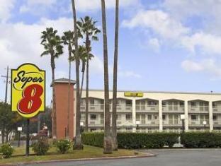 /cs-cz/super-8-bakersfield/hotel/bakersfield-ca-us.html?asq=jGXBHFvRg5Z51Emf%2fbXG4w%3d%3d