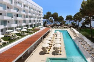 /da-dk/iberostar-santa-eulalia/hotel/ibiza-es.html?asq=jGXBHFvRg5Z51Emf%2fbXG4w%3d%3d