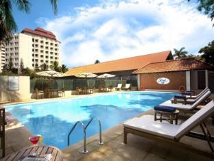 /bg-bg/the-gateway-hotel-marine-drive-ernakulam/hotel/kochi-in.html?asq=jGXBHFvRg5Z51Emf%2fbXG4w%3d%3d