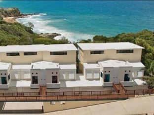 /ca-es/the-point-coolum-hotel/hotel/sunshine-coast-au.html?asq=jGXBHFvRg5Z51Emf%2fbXG4w%3d%3d