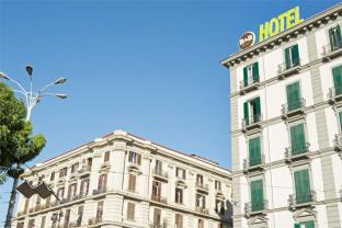 /de-de/b-b-hotel-napoli/hotel/naples-it.html?asq=jGXBHFvRg5Z51Emf%2fbXG4w%3d%3d