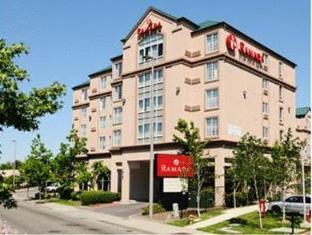 /ar-ae/ramada-inn-suites-sea-tac/hotel/seattle-wa-us.html?asq=jGXBHFvRg5Z51Emf%2fbXG4w%3d%3d