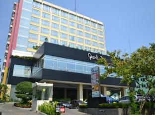 /da-dk/grand-zuri-jababeka-hotel/hotel/cikarang-id.html?asq=jGXBHFvRg5Z51Emf%2fbXG4w%3d%3d