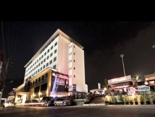 Pratunam Hotel