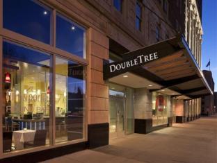 /ca-es/doubletree-suites-by-hilton-detroit-downtown-fort-shelby/hotel/detroit-mi-us.html?asq=jGXBHFvRg5Z51Emf%2fbXG4w%3d%3d